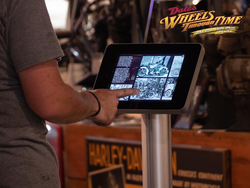 interactive-ipad-kiosk-at-wheels-through-time